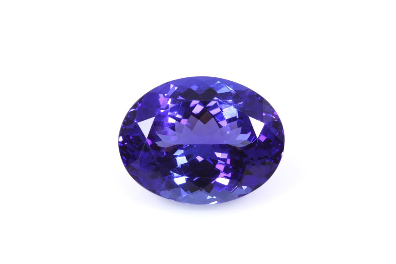ring i gold white tanzanite and diamond gia certified
